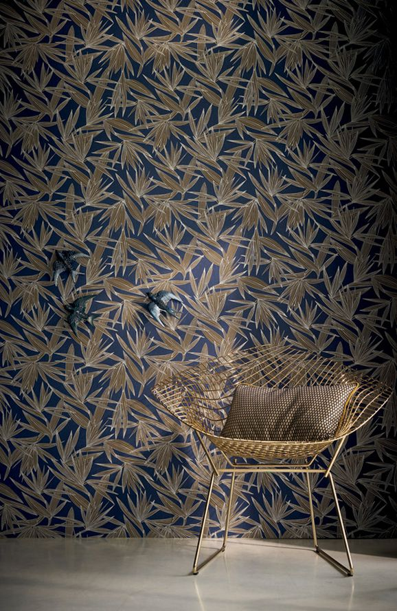 Photo of the fabric Alizarine Wallpaper 7396 7396 01 40 in situ by Casamance. Use for Wall Covering. Style of Decorative, Pattern