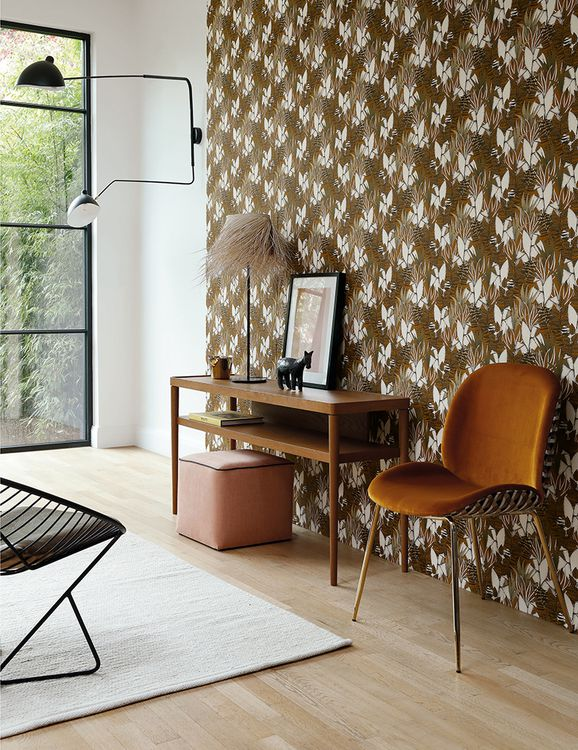 Photo of the fabric Tigris Wallpaper 7473 7473 15 30 in situ by Casamance. Use for Wall Covering. Style of Decorative, Floral And Botannical, Pattern